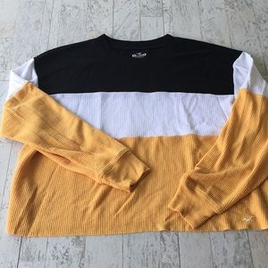 Hollister boyfriend tee cropped size small